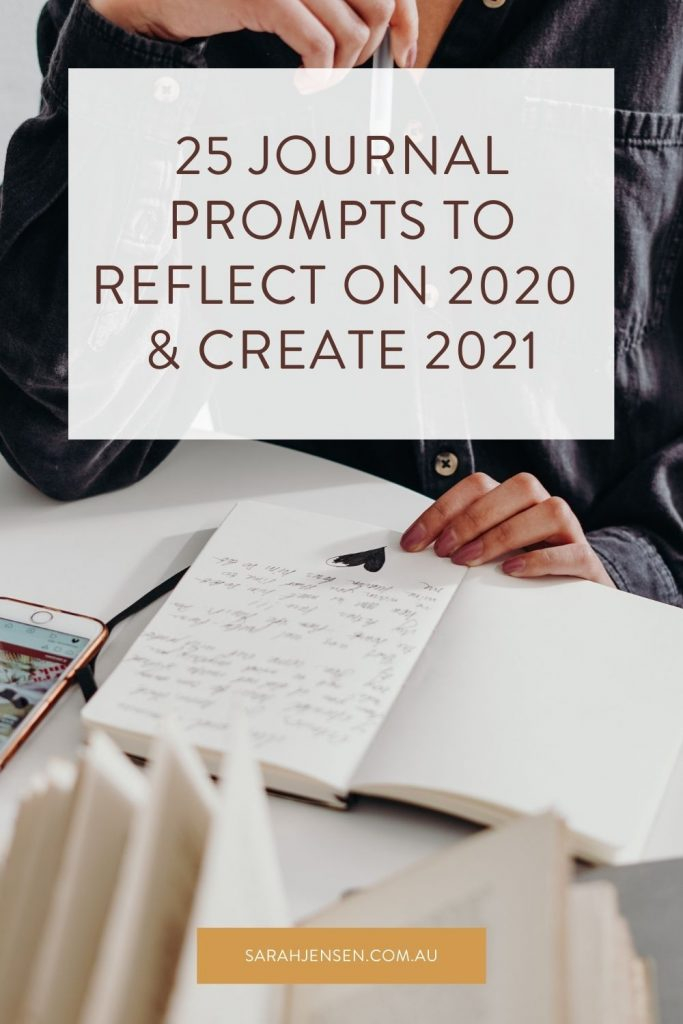 25 journal prompts to reflect on 2020 and create 2021