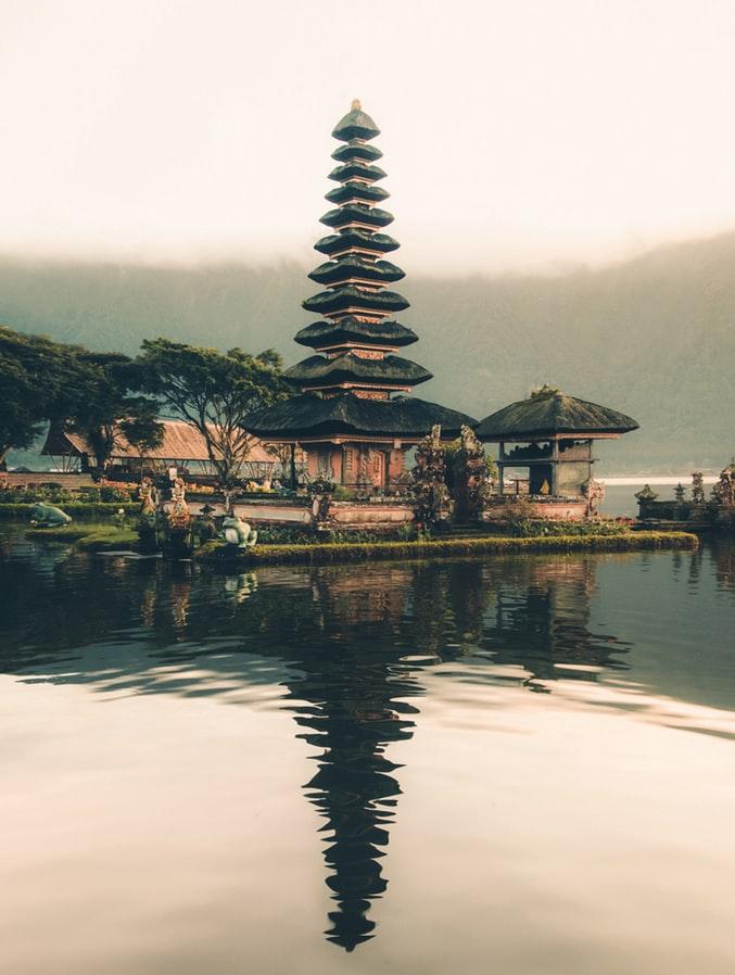 Bali Temple by Aron Visuals on Unsplash